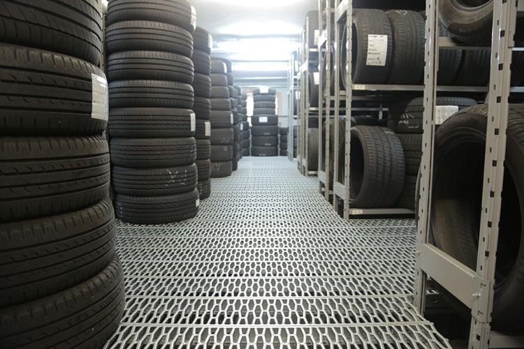 Reifen Einlagerung - Tipps und Praxiswissen - Reifen Steffny